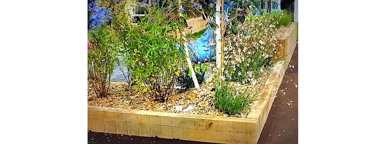 Carrés potagers en chêne naturel